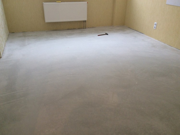 Укладка плитки ПВХ в квартире 35 м2