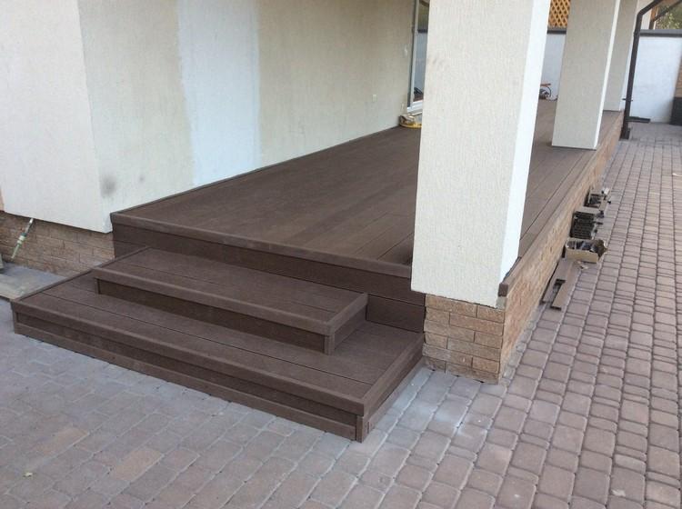 Монтаж террасной доски в частном доме