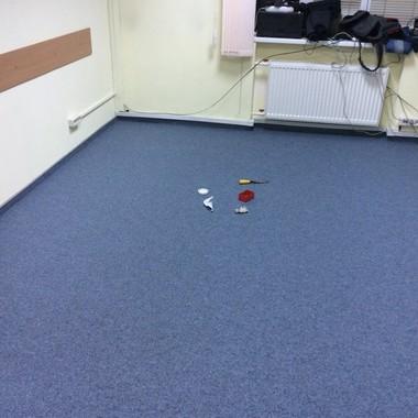 Укладка иглопробивного ковролина Lindau в квартире