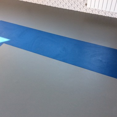 Укладка спортивного линолеума в спортзале Малютянка